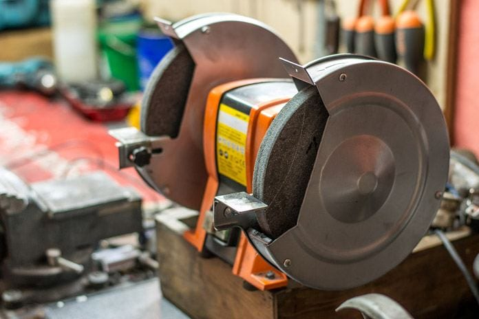 Which Belt Grinder For Knife Making is the Best On The Market?