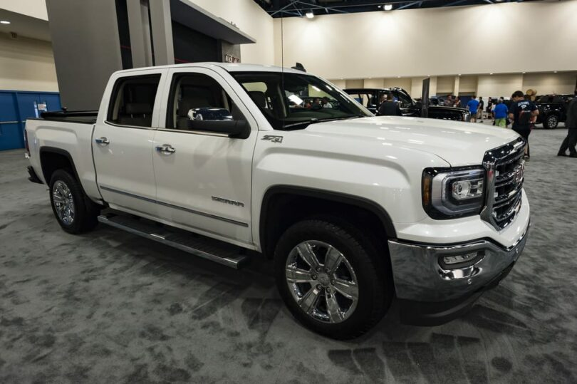 Best Shocks for GMC Sierra 1500 Reviews: Top 6 in September