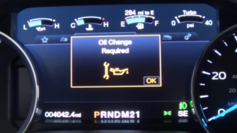 oil change indicator on dashboard