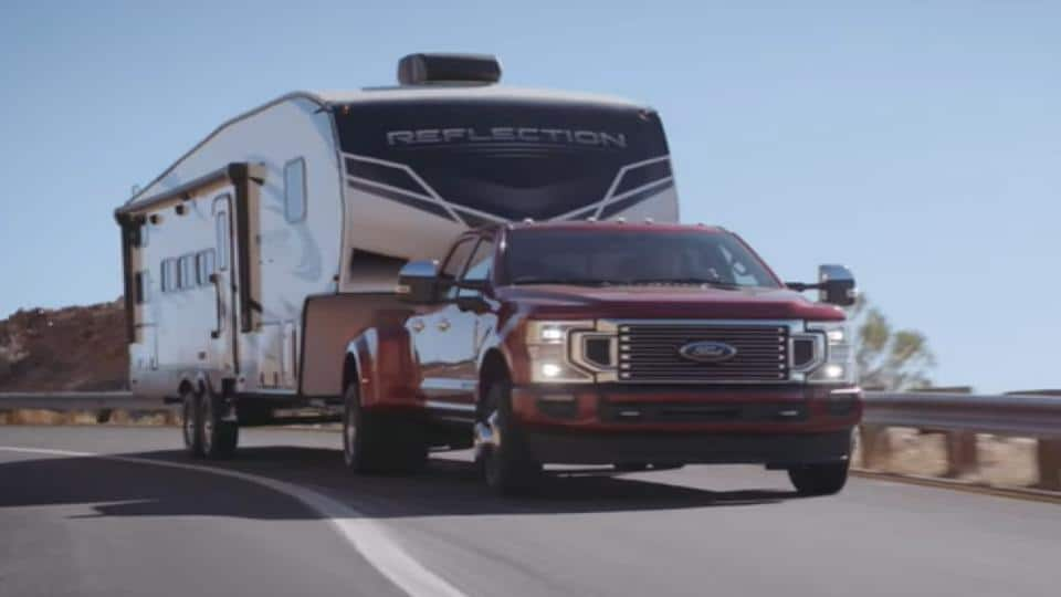 ford f250 pulling a trailer